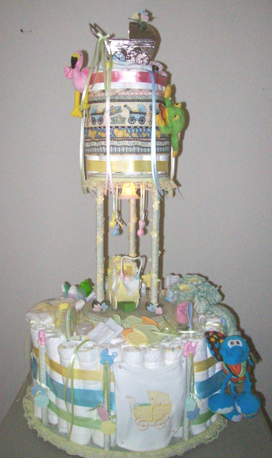 our cake charms this time she is using our baby shower cake charms in ...
